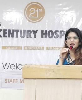 Dr Aditi Nadkarni